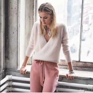 ✨Sezane Sophie Sweater